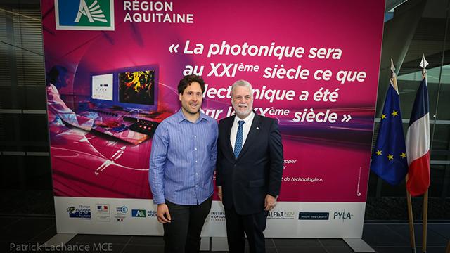 Antoine Godin et Philippe Couillard à Bordeaux