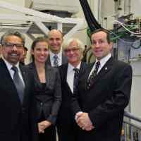 B. Mario Pinto, Kirsty Duncan, Jean-Yves Duclos, Edwin Bourget, Réal Vallée. Crédit photo : Marc Robitaille, Université Laval
